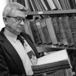 Z głębokim żalem zawiadamiamy, iż w dniu 22.11.2020 r. zmarł dr Henryk Suchojad - wieloletni pracownik Instytutu Historii.