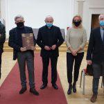 Od lewej Krzysztof Jakub Pęczalski, prof. Krzysztof Bracha, ks. Leszek Skorupa, Aneta Iwan, Adam Cedro